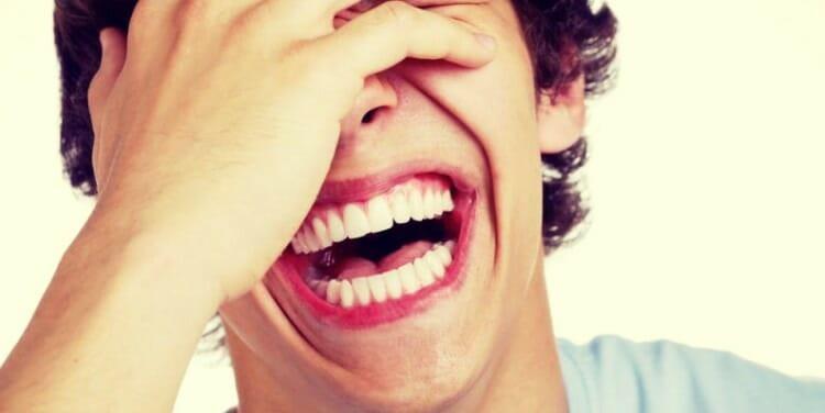 Bromas tendenciosas y bromas inofensivas
