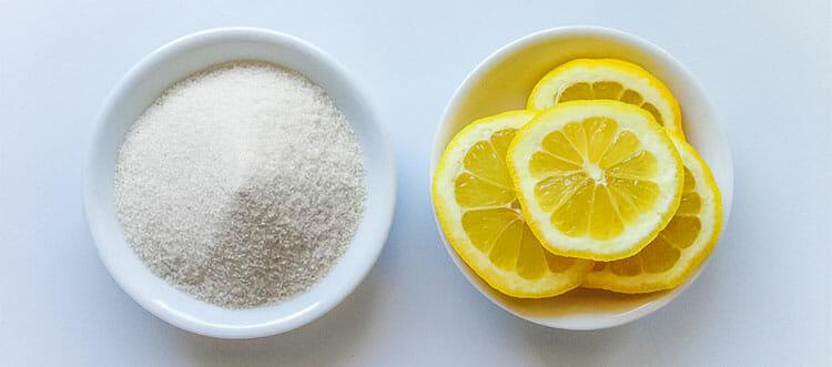 Quitar las estrías con limón y azúcar