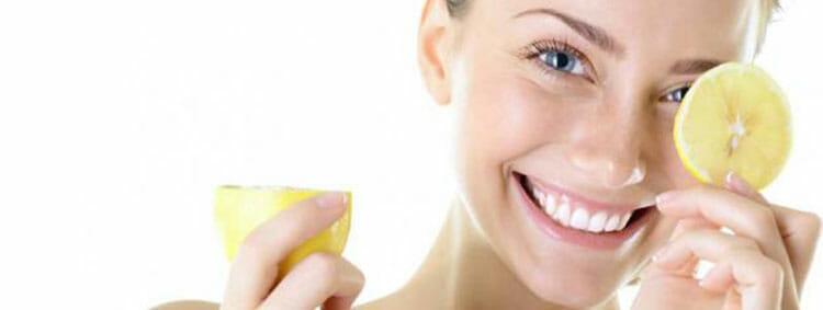 Mejorar el estado de ánimo tomando limón