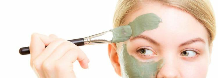 Mascarilla de arcilla verde para la cara