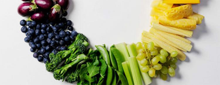 Una dieta saludable es esencial para bajar el colesterol