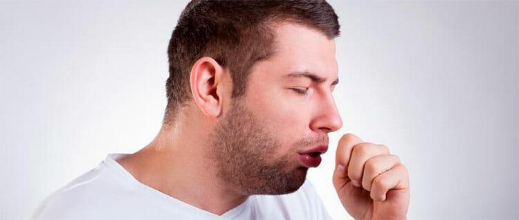 tos persistente con flema causas