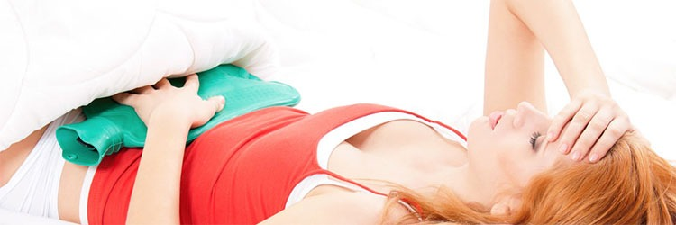 Aplicar calor para el dolor menstrual