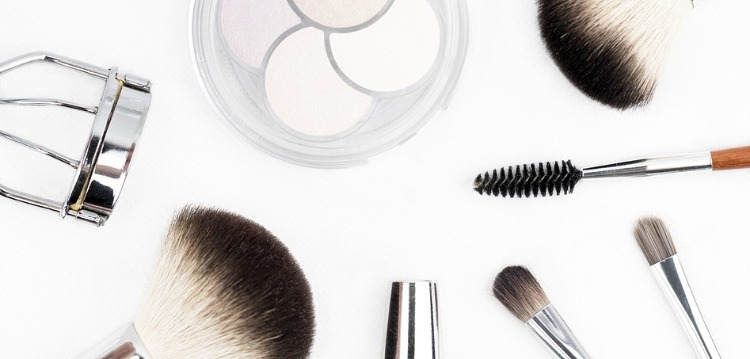 Errores maquillaje envejecen