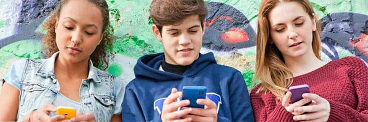 Jóvenes y adicción a las redes sociales