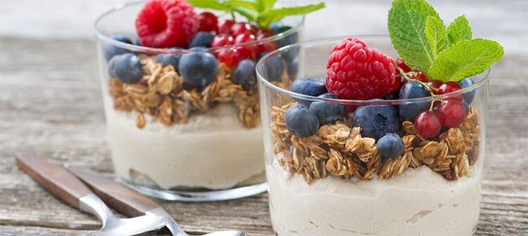 Yogur con granola