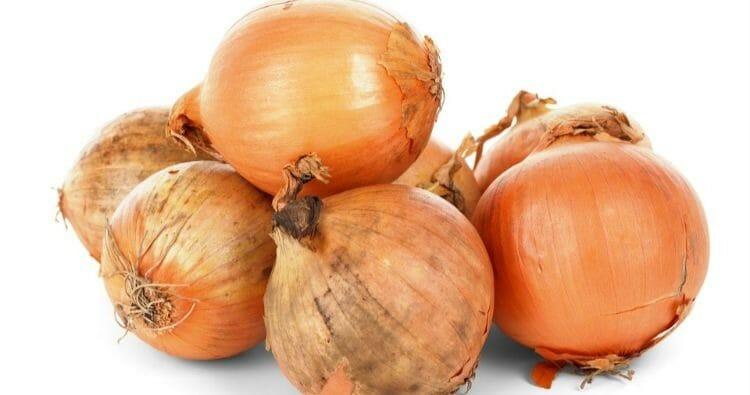 Cebolla, un remedio muy efectivo para la faringitis