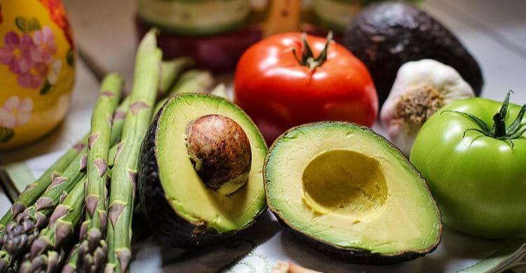 Vitaminas hidrosolubles y liposolubles