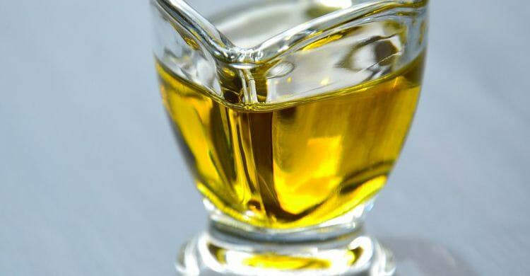 Aceite oliva mascarilla para que el pelo crezca más rápido